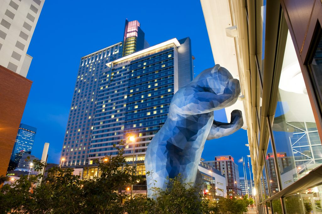 Blue Bear peeking into the Colorado Convention Center. Courtesy VISIT DENVER.